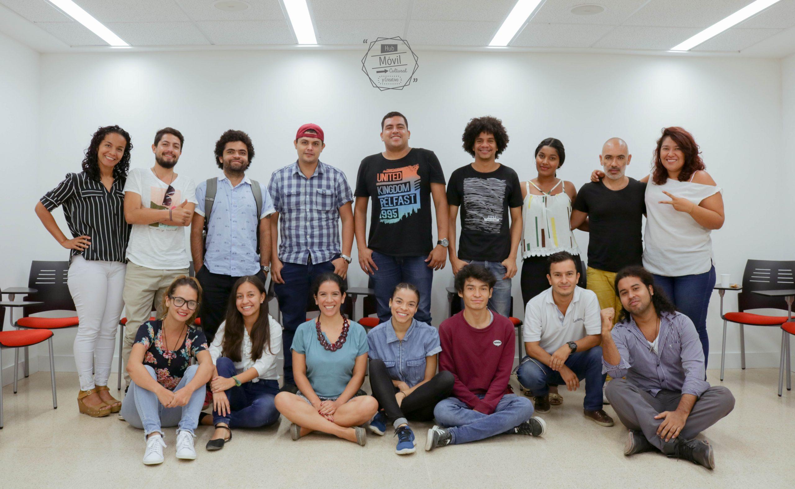 Hub Móvil, Cultural Y Creativo Punto De Encuentro Para Creativos